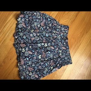 Size small old navy skirt